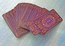 immagine mazzo di carte tarocchi sibille